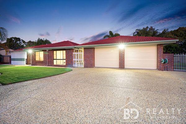 44 Graham Rd Morayfield QLD 4506